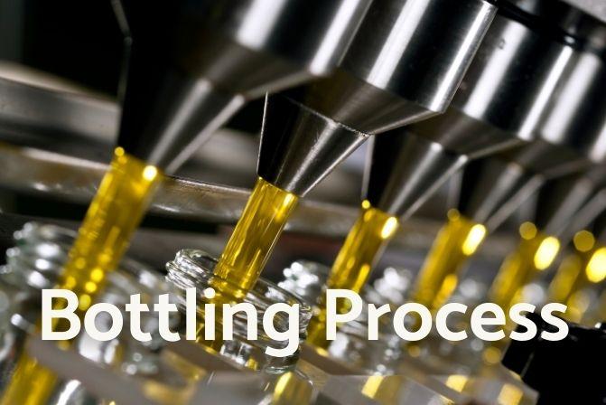 Olive Oil bottling process in Artem Oliva.